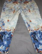 flowers print trousers Atmosphere