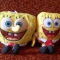 dwie maskotki spongebob