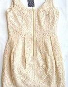 Koronkowa sukienka H&M z zamkiem nude