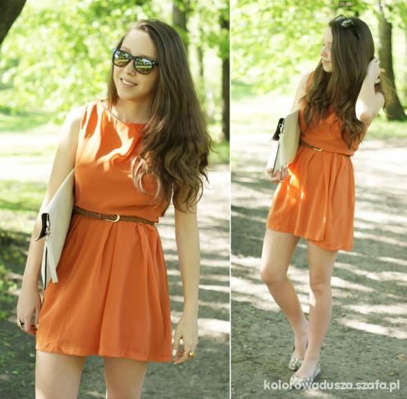 Blogerek Pomarańczowa sukienka