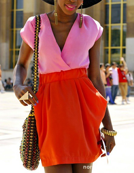 Suknie i sukienki H&M PIĘKNA SUKIENKA RÓŻ I CZERWIEŃ BOMBKA