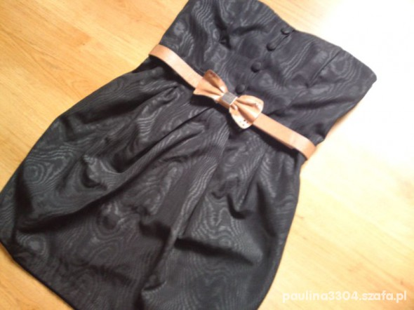Suknie i sukienki CZARNA BOMBKA NEW LOOK
