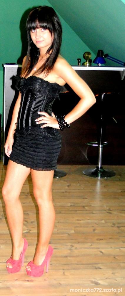 Mój styl sukienka z gorsetem