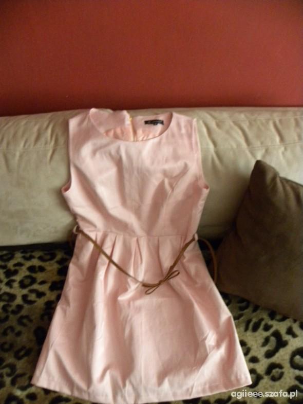 Suknie i sukienki Pudrowa sukieneczka
