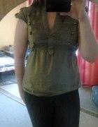 Koszula w stylu militarnym