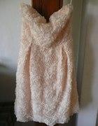 różana sukienka
