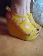 żółtki