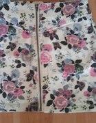 Floral zip H&M...