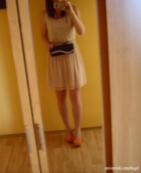 Sukienka nude latte caffe Vero Moda koronka...