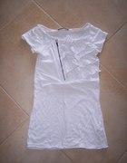 Reserved biała z żabotem
