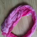 piekna rozowa cieniowana chusta