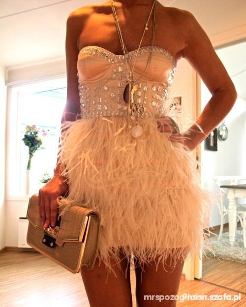 Wieczorowe Sukienka wieczorowa ćwieki