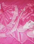 Dres adidas różowy czapka buty nike