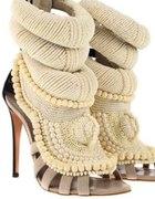 Perłowe sandały Giuseppe Zanotti & Kanye West