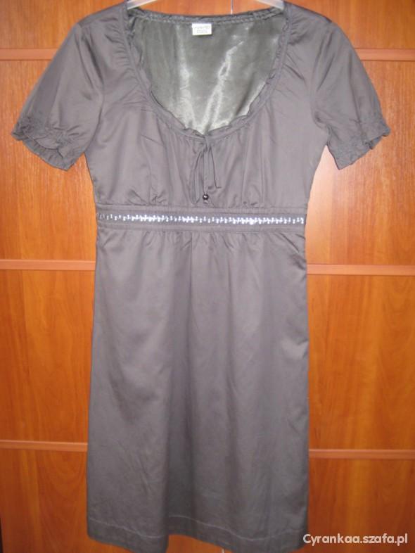 Suknie i sukienki Grafit Esprit Idealna