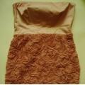 sukienka MOHITO w róże brudny róż pastelowa