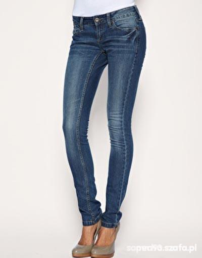 Spodnie rurki sisley 34
