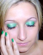 make up green