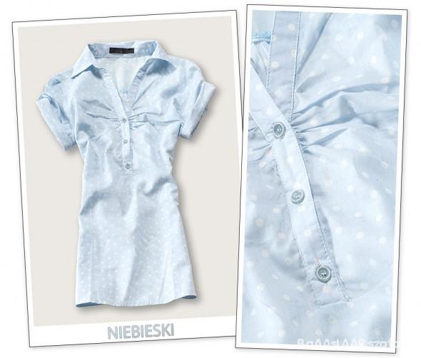 niebieska koszula w groszki