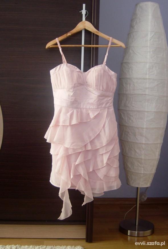 Suknie i sukienki Bajeczna sukienka s falbany delikatna zwiewna róż