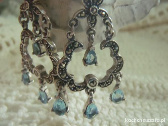 srebrne kolczyki oksydowane z topazikiami