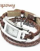 brązowy zegarek pleciony