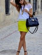 żółta mini