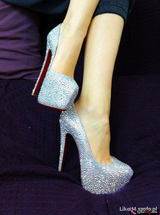 Wieczorowe Boskie buty na platformie
