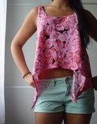 Lużny zestaw miętowe spodenki koszulka floral