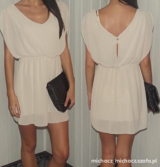 bezowa zwiewna sukienka