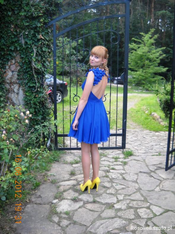 Eleganckie Chabrowa sukienka Asos