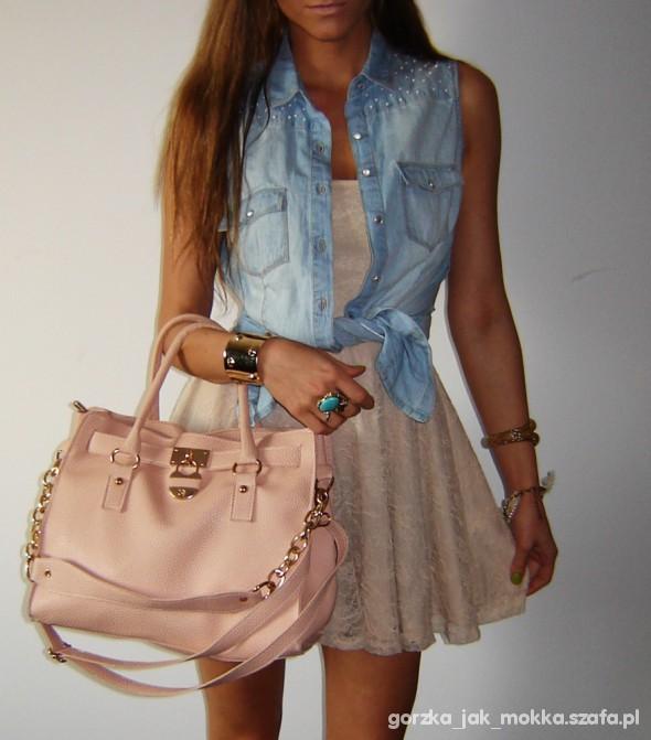 Lace & Jeans