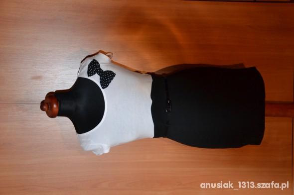Suknie i sukienki Firmowa sukienka MOHITO