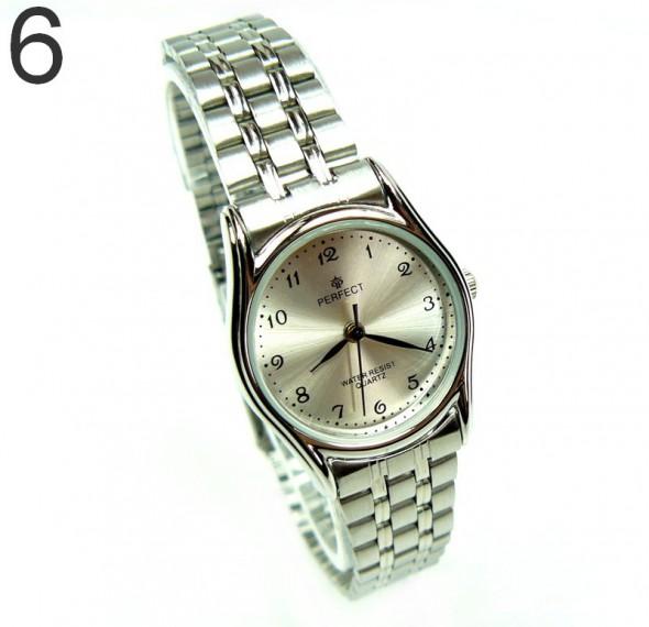 srebrny zegarek z bransoletą