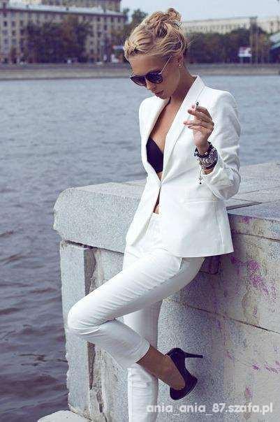 Eleganckie damski garnitur