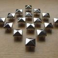 Ćwieki piramidki 11mm punk kwadraty