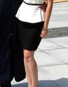 Bluzka baskinka i ołówkowa spódnica