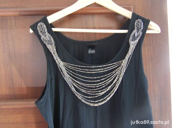 Suknie i sukienki czarna z łancuszkami