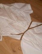 Biała koszula tunika