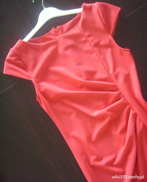 Suknie i sukienki Czarna lub Czerwona ołówkowa rozm S