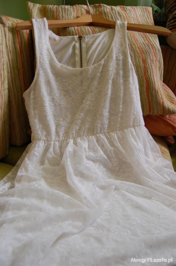 Suknie i sukienki koronkowa must have M