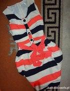 Piękna sukienka w pasy S