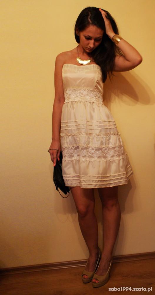 Imprezowe Sukienka z koronką