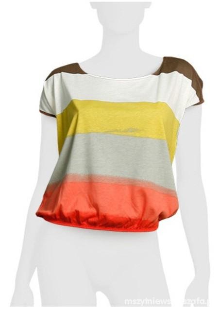 Kolorowa bluzka firmy Bershka...