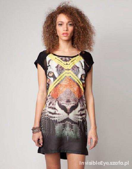 Suknie i sukienki Czarna Sukienka z łączonych materiałów PRINT zip