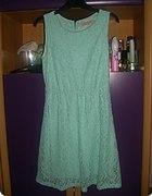 Sukienka miętowa z koronki