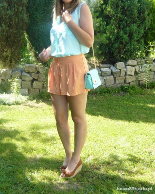 Eleganckie błękit z pomarańczą