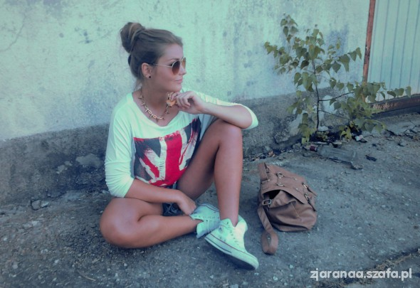 oversize with flag & shorts ombre