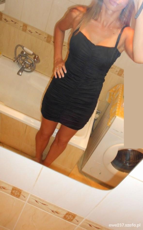 Suknie i sukienki TALLY WEIJL MAŁA CZARNA