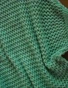 nowy mietowy sweter 75 cm długości z metką 29 zł